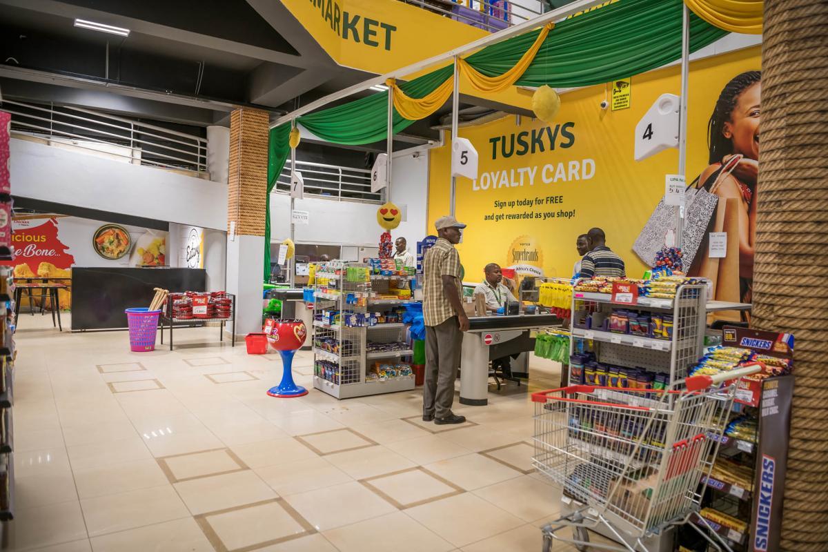 people keeping social Distance at TUSKYS Supermarket